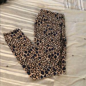 Victoria's Secret Sport Leopard Leggings